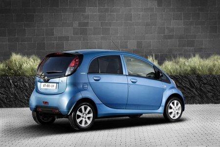 Peugeot i0n