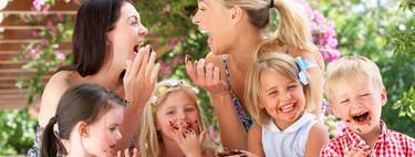 ¡Llama a tus amigas! Según un estudio, tenerlas cuando eres madre ayuda a mejorar el desarrollo cognitivo de tus hijos
