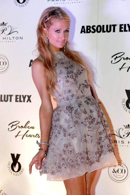 "Paris Hilton, tras los pasos de Jennifer Lopez, eligiendo vestido de The 2nd Skin Co. ""Made in Spain"""
