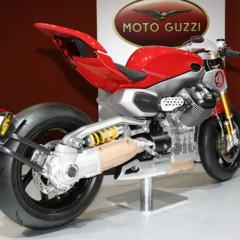 Foto 7 de 12 de la galería prototipos-moto-guzzi-en-el-salon-eicma-2009 en Motorpasion Moto