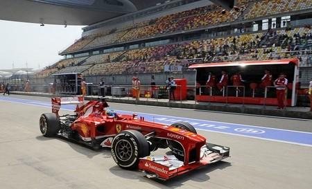 Fernando Alonso el más rápido en los últimos libres. Los rivales ocultan sus cartas