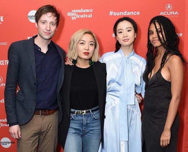 Cathy Yan (second from right) with the protagonists of Dead Pigs: David Rysdahl, Li Meng, and Zazie Beetz