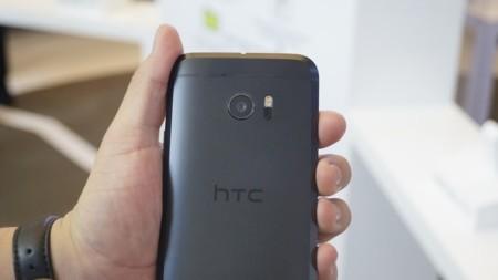 Ventas del HTC 10 en China apenas llegan a las 251 unidades