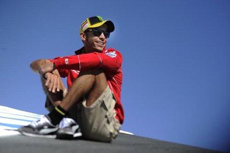 Valentino Rossi anda buscando una Honda