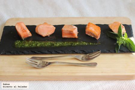 Aperitivo de tataki de salmón al pesto. Receta ligera