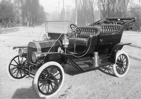 Ford T (1910)