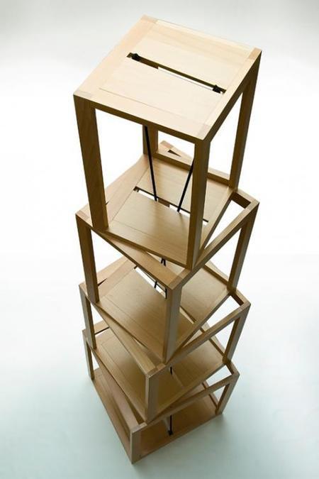 pisa tower estantería