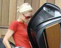 Paris Hilton tiene problemas con su Mercedes SLR