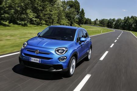 El Fiat 500X se renueva: apenas cambia pero estrena motores de tres y cuatro cilindros, tecnología...
