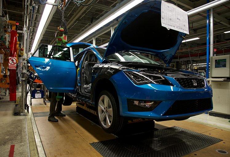 SEAT Martorell detiene la producción de coches ante el conflicto de Cataluña para evitar