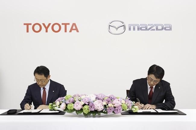 Acuerdo Toyota - Mazda