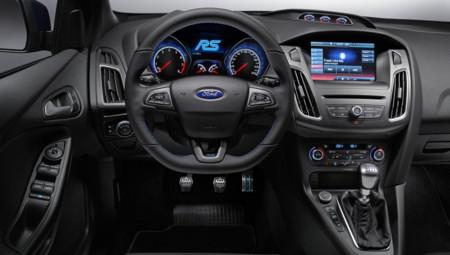 Focus RS Interior