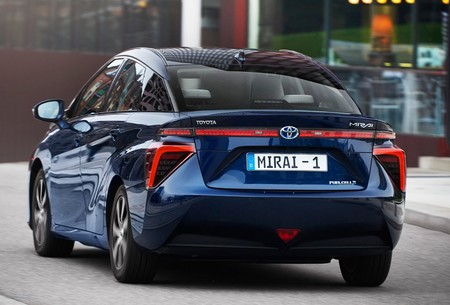 Toyota predice que la tercera generación del Mirai, su coche de hidrógeno, costará lo mismo que un híbrido