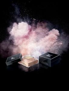 Si utilizas polvos sueltos, Poudre Première y Prisme libre de Givenchy, te van a encantar
