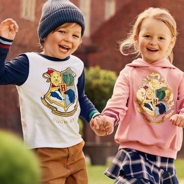 H&M quiere que los hijos de los fans de Harry Potter hereden esa pasión y lanza una colección perfecta para la vuelta al cole