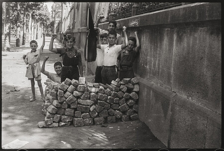 Antoni Campana Barricada De Joguina Carrer Diputacio Agost 1936