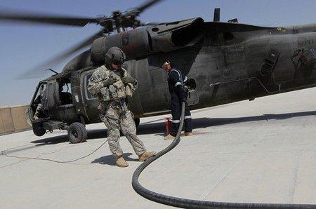 79 euros el litro, el precio de la guerra en Afganistán