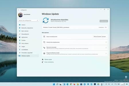 Microsoft lanza la Build 22463 para Windows 11 en el Canal Dev y por fin corrigen los iconos desplazados en la barra de tareas