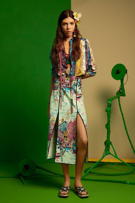 Zara Studio se presenta como una colección maravillosa (y nos recuerda a diseños pasados de Prada)