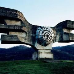 Foto 9 de 12 de la galería spomenik-la-yugoslavia-mas-cosmica en Decoesfera