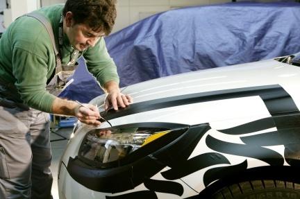 ¿Cómo se hacen los camuflajes de los coches? Opel nos lo explica