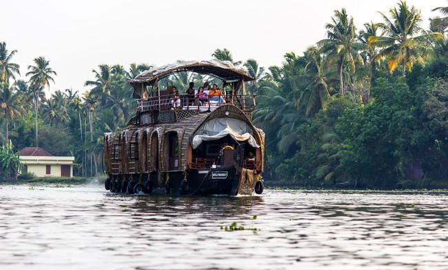 Compañeros de Ruta: de México a Kerala, haciendo una ruta por China y terminando en el Caribe