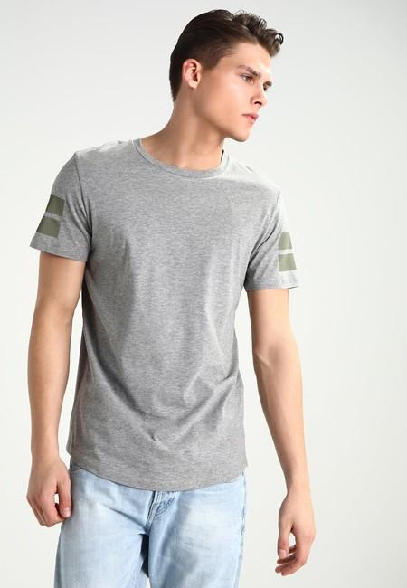 1514f3c35f8 ¡Sólo 3,90 euros! eso cuesta esta camiseta Jack & Jones gris en Zalando con  envío gratis incluido