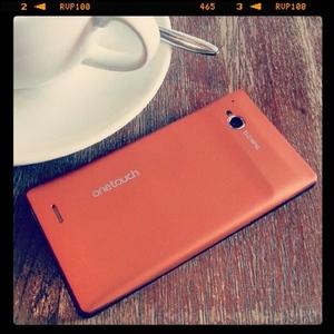 Alcatel se une a Windows Phone