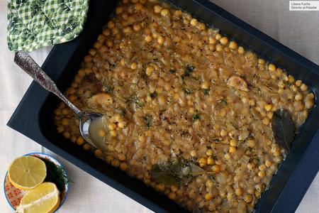 Garbanzos cocidos al horno al estilo griego