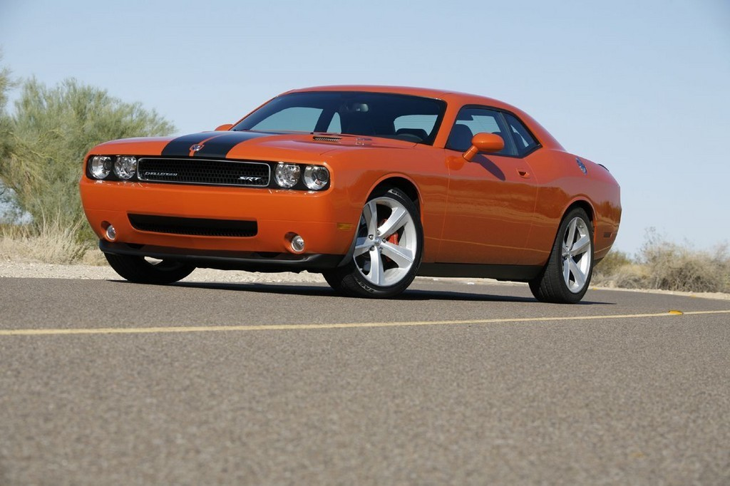 Foto de Dodge Challenger SRT8 (42/103)