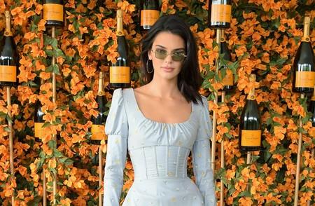 fdce3ea1c1 El look con corsé de Kendall Jenner que vas a querer copiar
