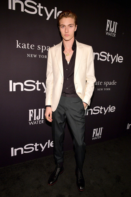 Lucky Blue Smith Hace Suyo El Look A Blanco Y Negro Para Los Instyle Awards 3