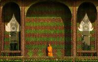 Tailandia: El templo del millón de botellas de cerveza