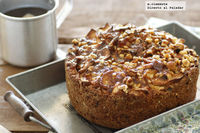Cake de manzana con crujiente de avellanas. Receta