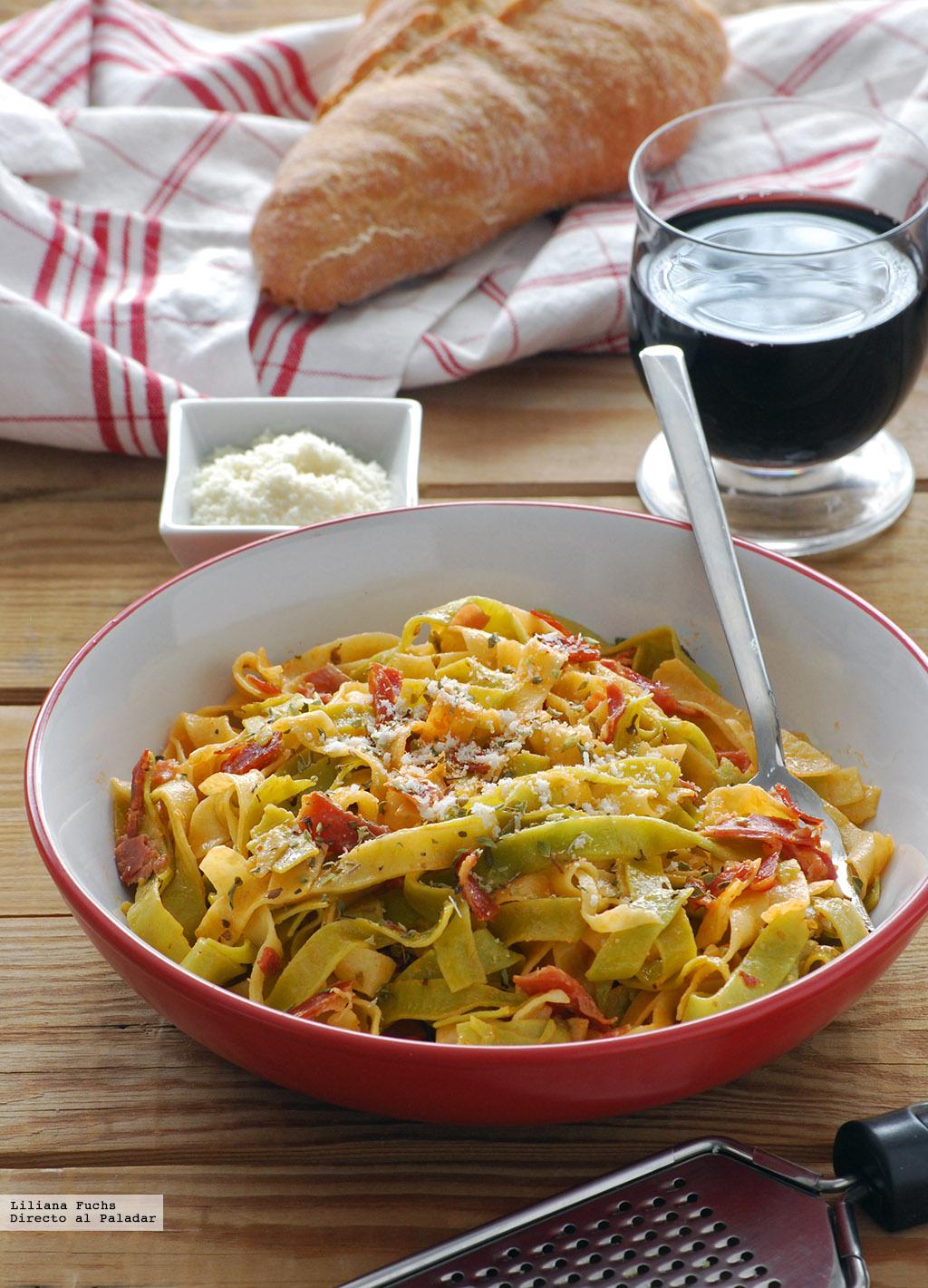 Tagliatelle paglia e fieno con nata y jam n receta for Comida facil y sencilla