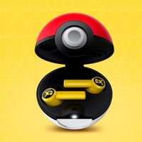 Los nuevos Earbuds de Razer vienen dentro de una 'Poké Ball' y prometen hasta 15 horas de autonomía