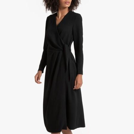 Vestido de efecto cruzado y manga larga