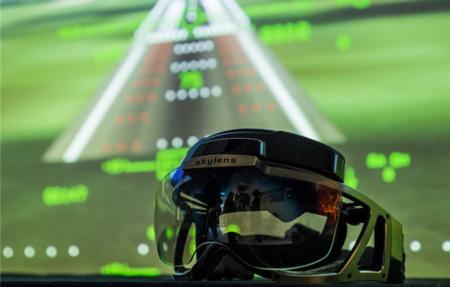 Skylens proporciona a los pilotos un HUD para lidiar con la niebla o la oscuridad