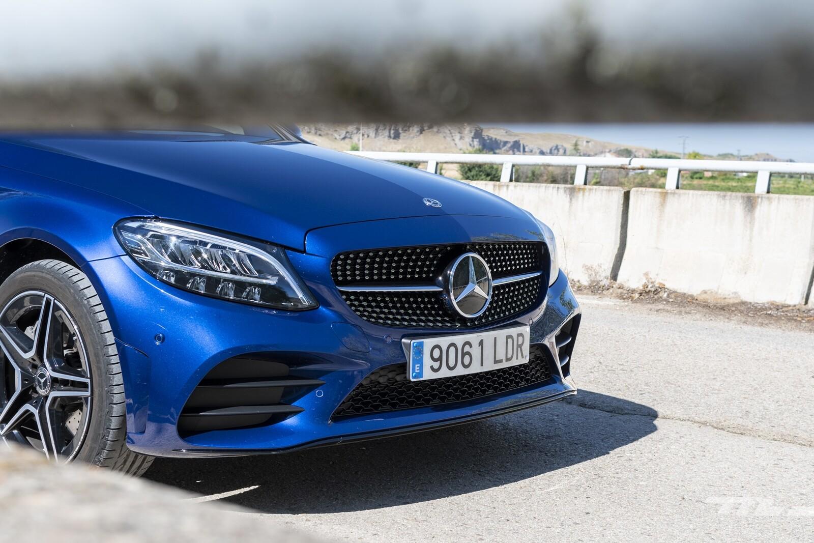Foto de Mercedes-Benz C 300 de Estate 2020, prueba (36/46)