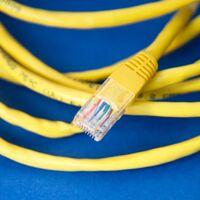 La CNMC abre la puerta a futuras bajadas en el precio de la fibra tras rebajar el coste de acceso a la fibra indirecta