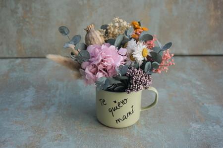 Centro De Flores Secas Y Preservadas En Una Taza Te Quiero Mami 3