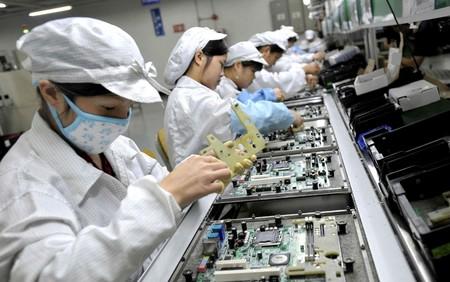 Foxconn recorta 3.000 millones de dólares en gastos para 2019: el año será difícil, y la culpa puede ser de los iPhone