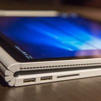 Algunos usuarios de la Surface Book están reportando problemas en la pantalla