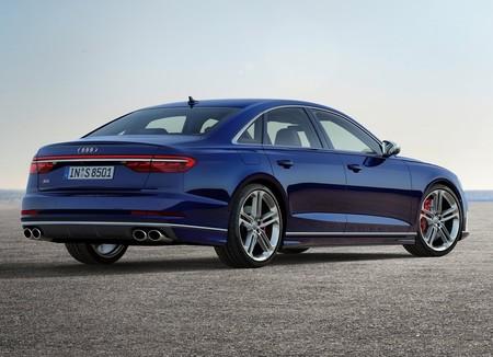 Audi S8 2020 1600 08