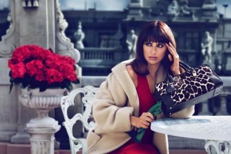 Loewe presenta su nueva campaña junto a Penélope y anuncia colaboración con las hermanas Cruz