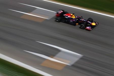 Sebastian Vettel y Fernando Alonso dominan el viernes en el Circuit de Catalunya