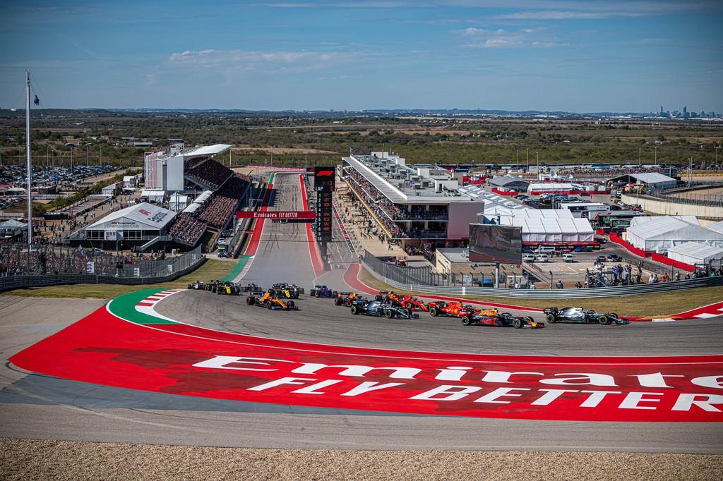 Indignación entre los pilotos de Fórmula 1 por los baches de Austin que eliminaron a Sebastian Vettel