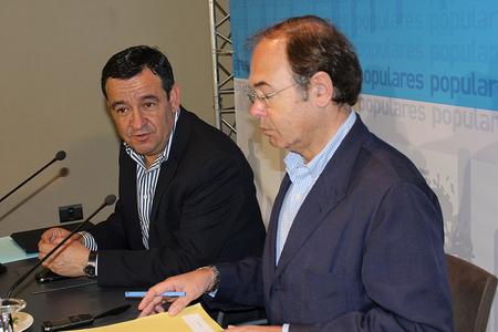 """La inexplicable """"legalidad"""" del préstamo del PP a García Escudero"""