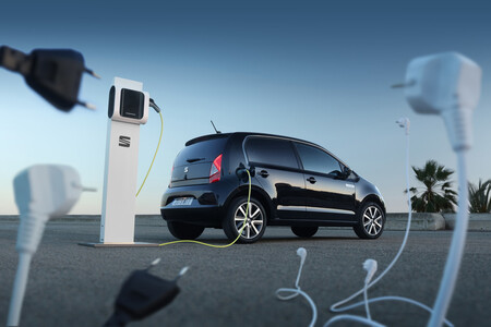 SEAT lanzará un coche eléctrico urbano en 2025 y anticipa que su precio oscilará entre los 20.000 y 25.000 euros
