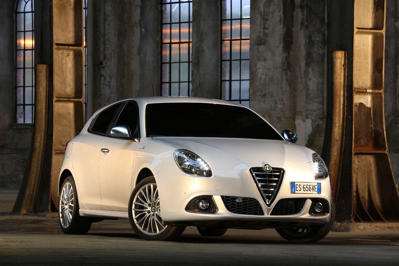 Foto de Alfa Romeo Giulietta 2014 (36/38)